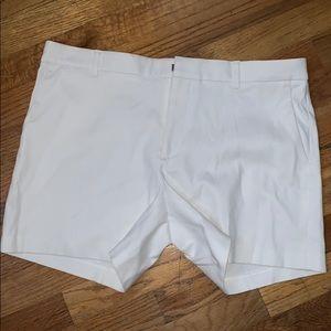 BANANA REPUBLIC — white shorts